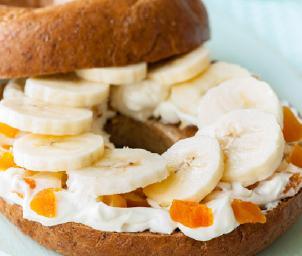 C4L Banana and apricot bagels image